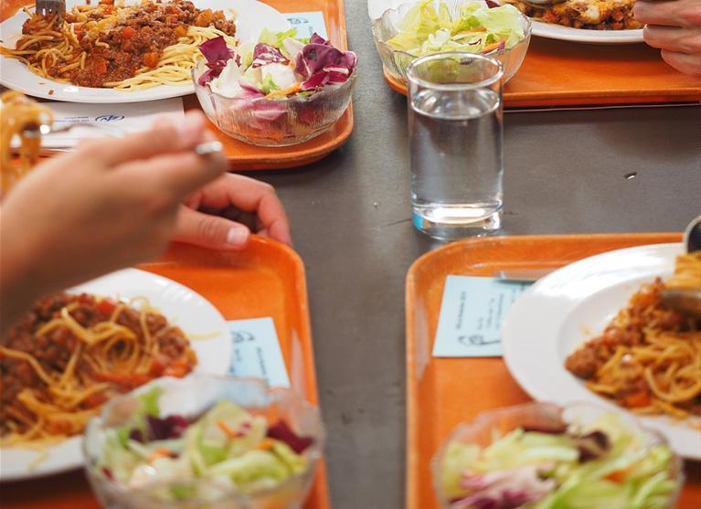 Marché de fourniture de repas en liaison froide